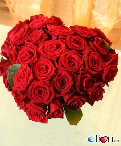 DITELO CON UN FIORE Cuore-di-rose-rosse.140_big